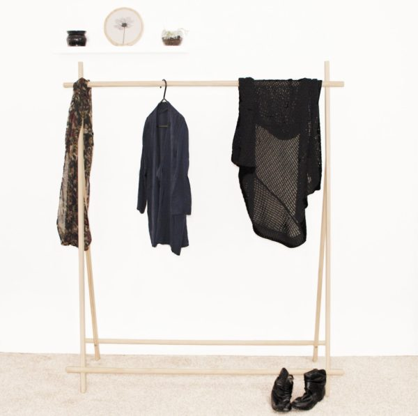 Fl;at Pack Clothes Rack